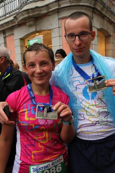Piękne medale na zakończenie biegu